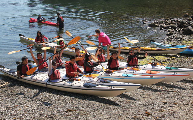 Students kayaking in Deep Cove, North Vancouver